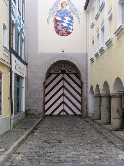 geschlossenes Stadttor