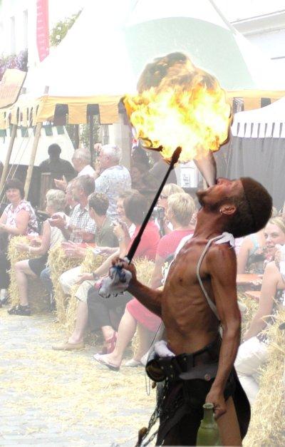Ein Feuerschlucker